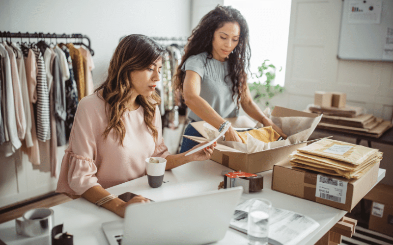 How to survive against the rise of online retailers